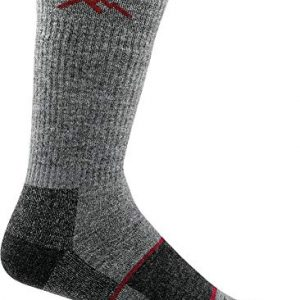 darn tough men's merino wool hiker boot sock full cushion socks